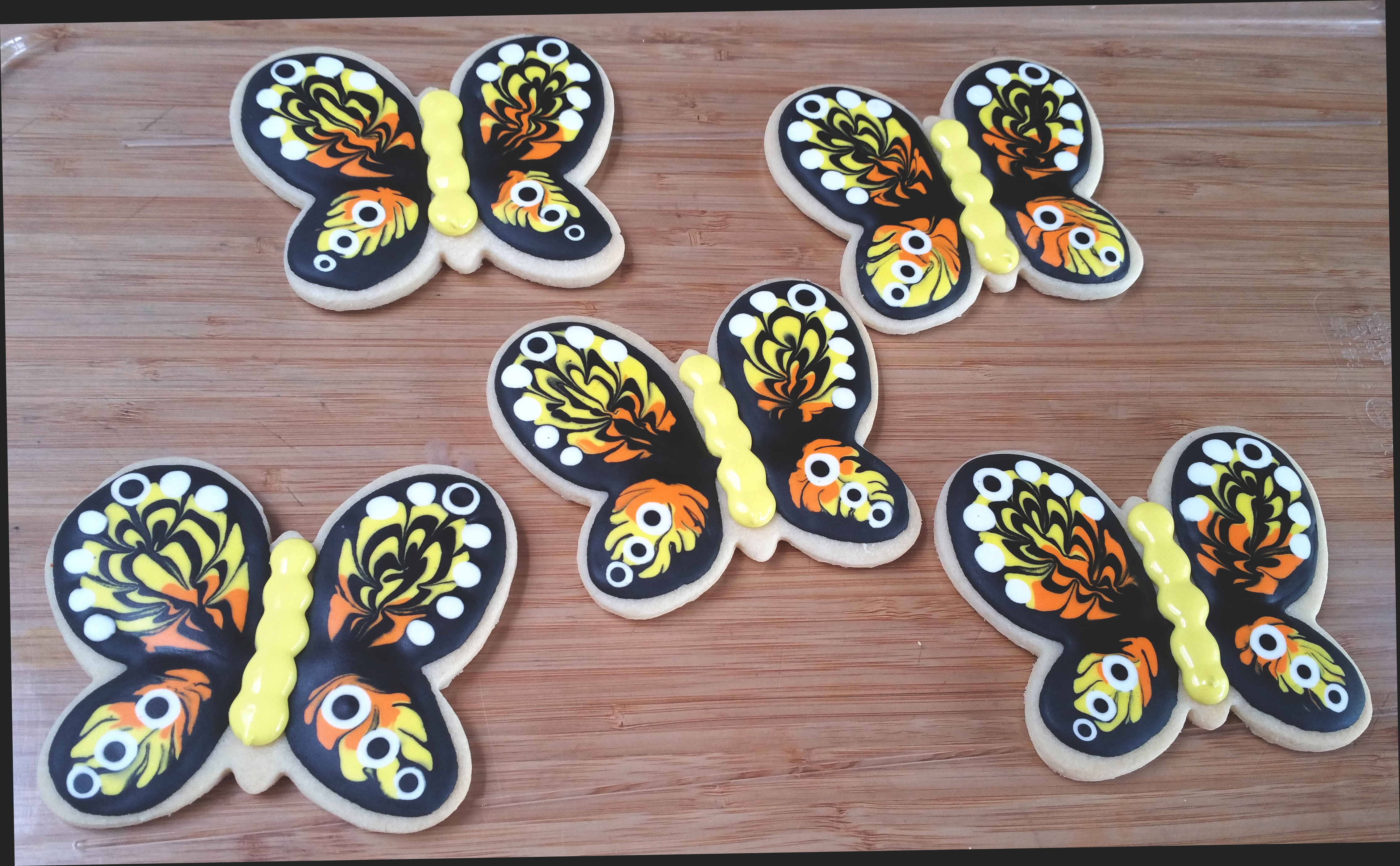 Cuppies Wet on Wet Butterfly Cookies